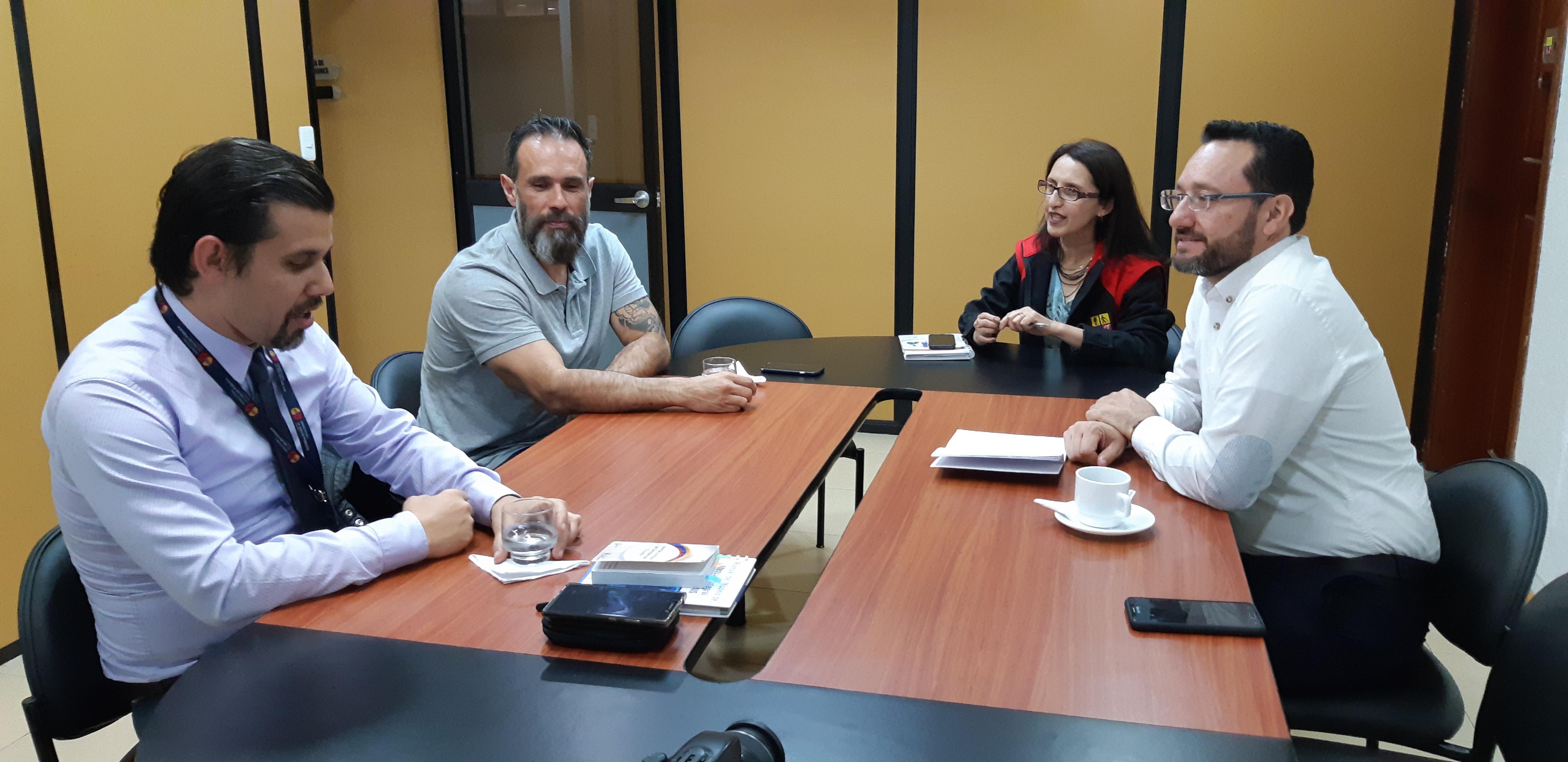 Importante socialización del proyecto en el CONADIS en conjunto con el MSP