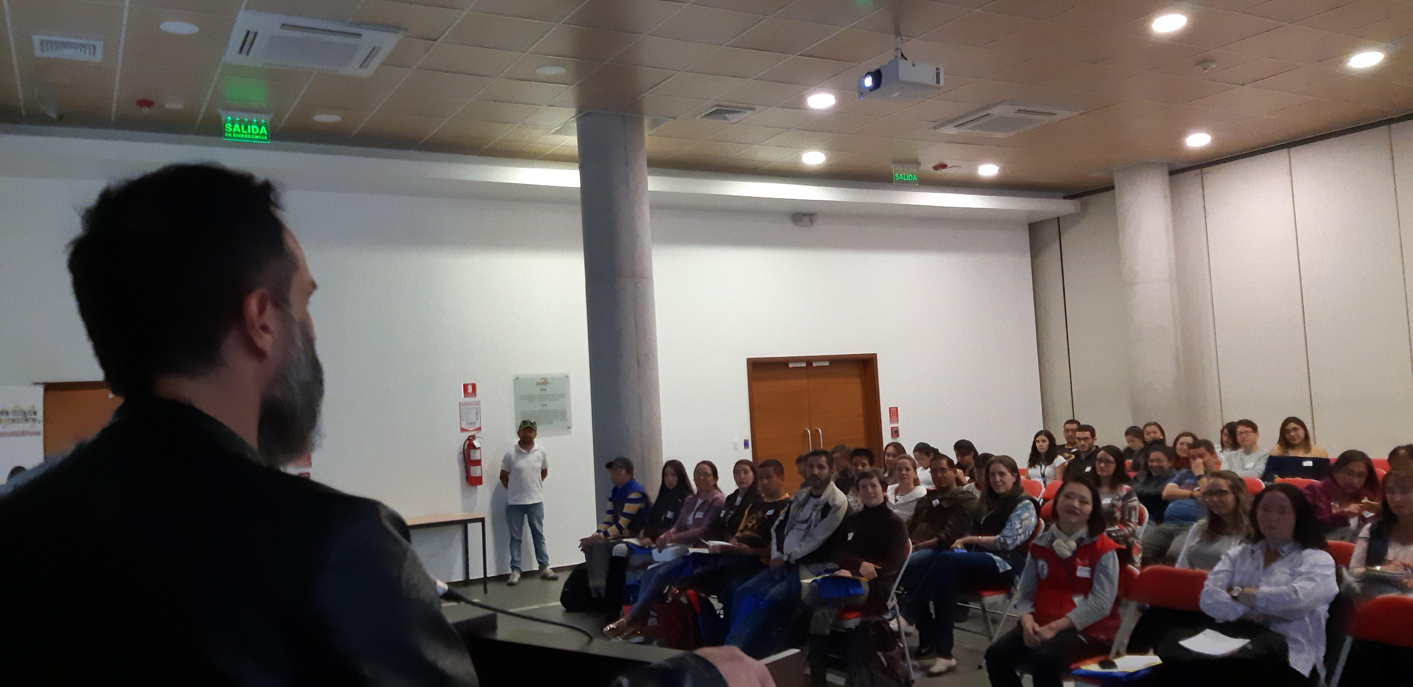 Seminario Internacional de Terapias Asistidas con Animales en la UDLA, Quito 10 de Noviembre 2018