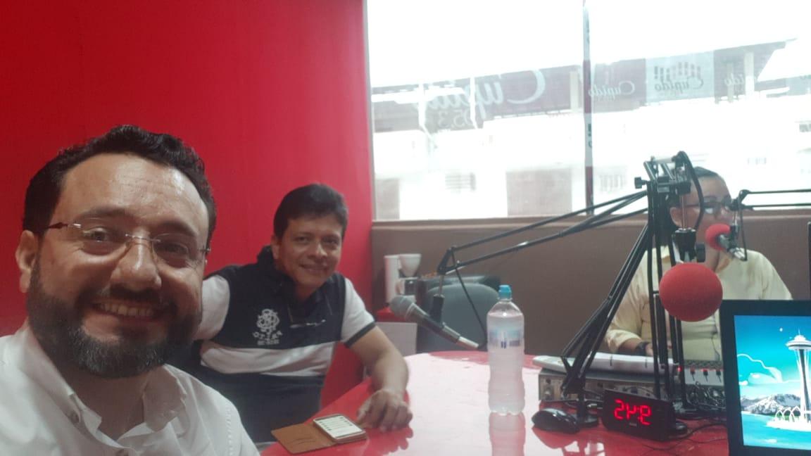 Importante entrevista en medio radial en Guayaquil.